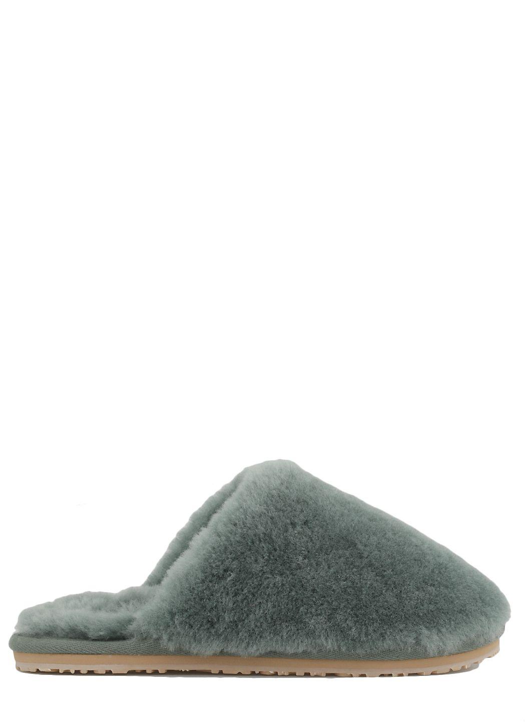 Closed toe sheepskin fur slipper