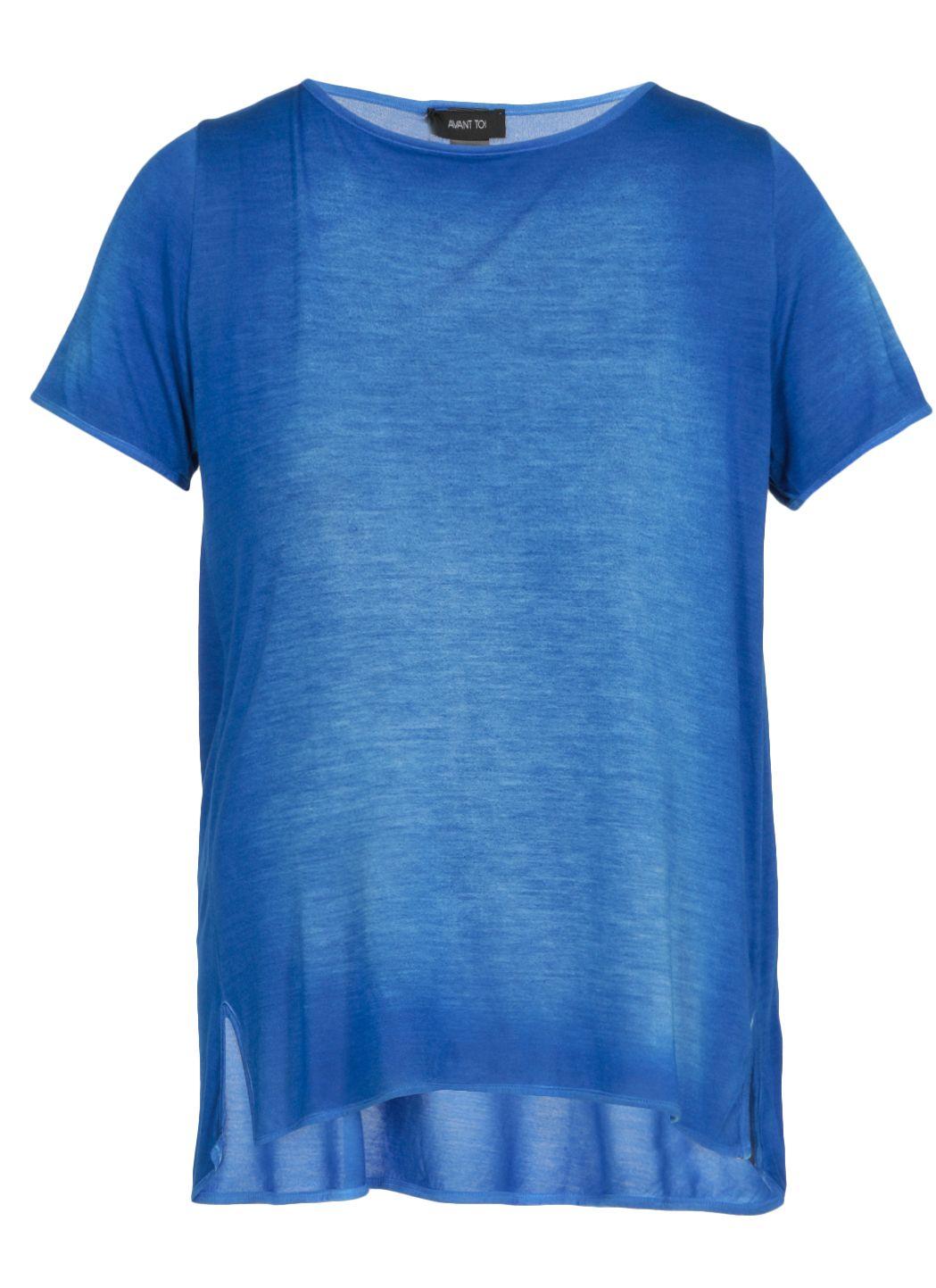 T-shirt con scollo ampio