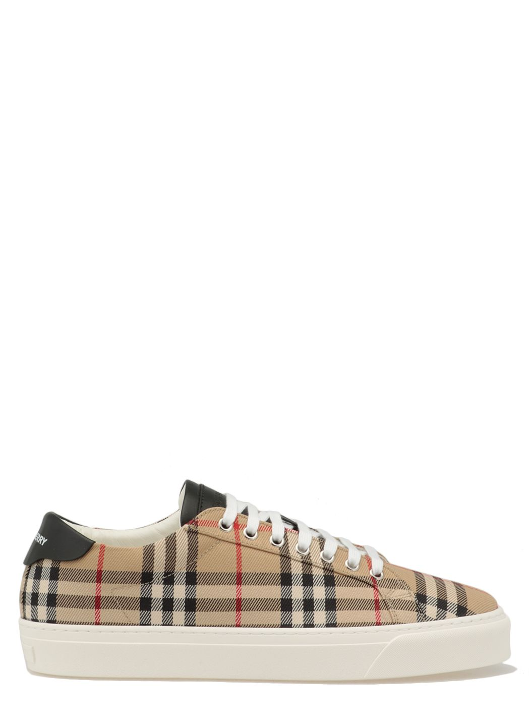 Sneaker with vintage check pattern