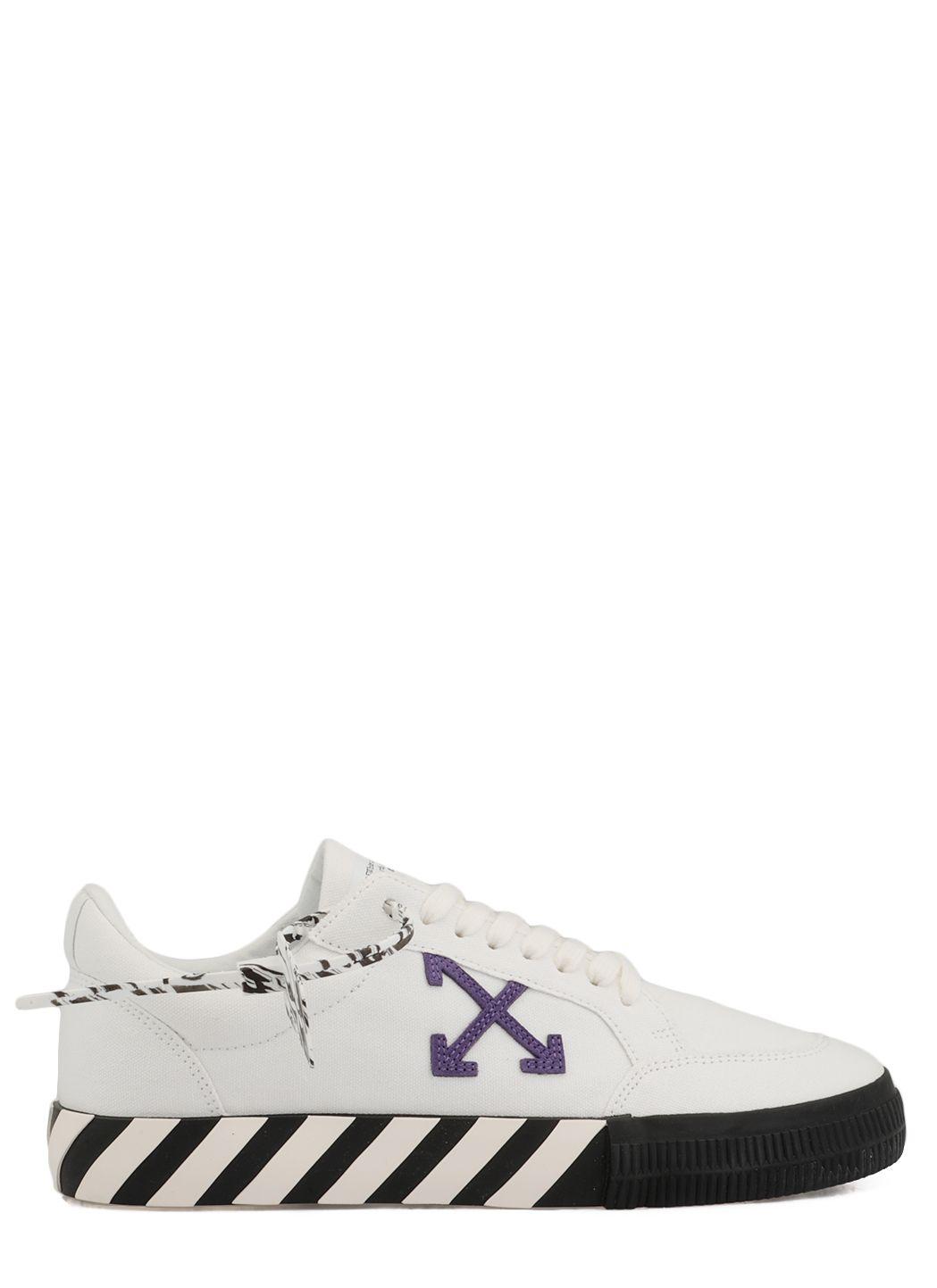 Low Top Vulcanized Sneaker