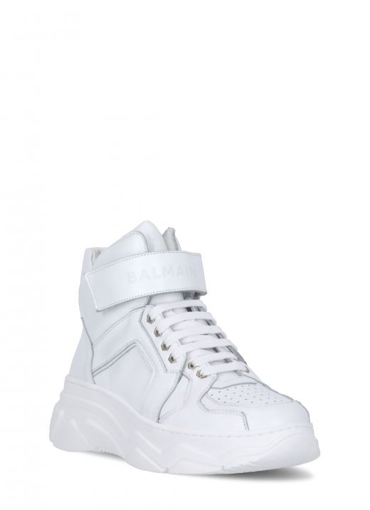 Leather sneaker with strap