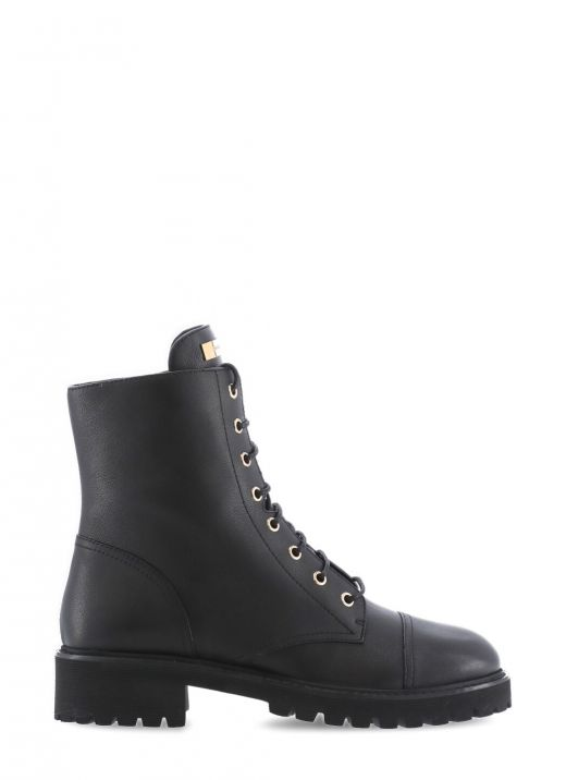 Thora Boot