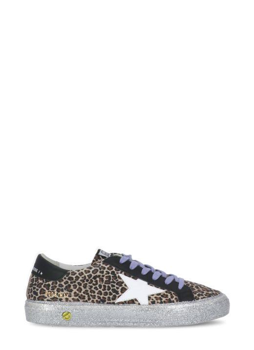 Sneaker May