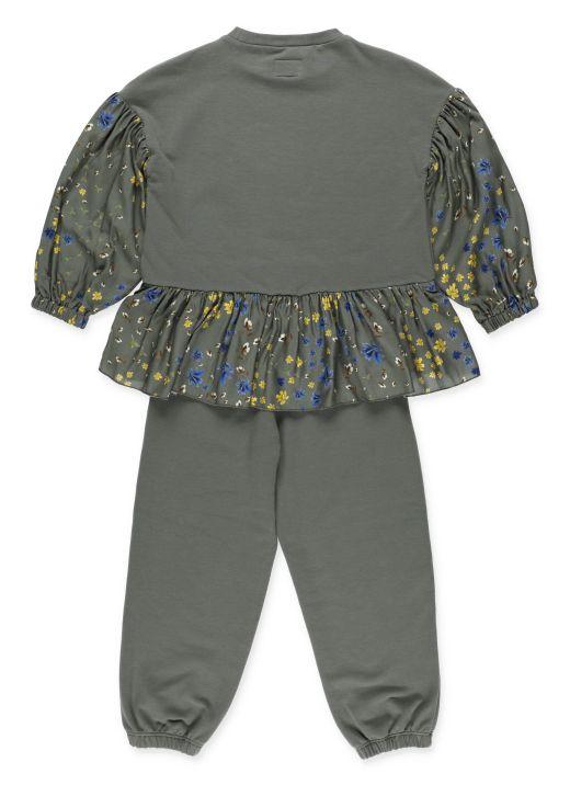 Sweatshirt and pants set