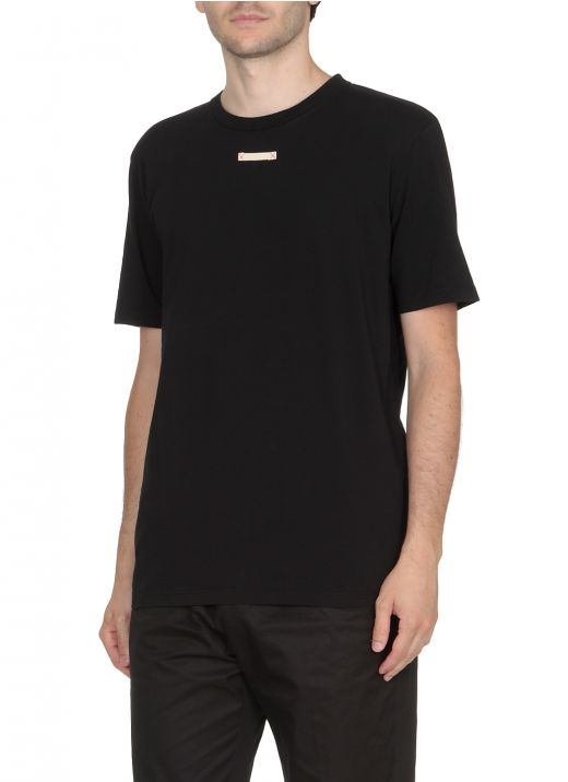 T-shirt with loged patch
