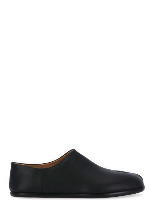 Tabi shoe
