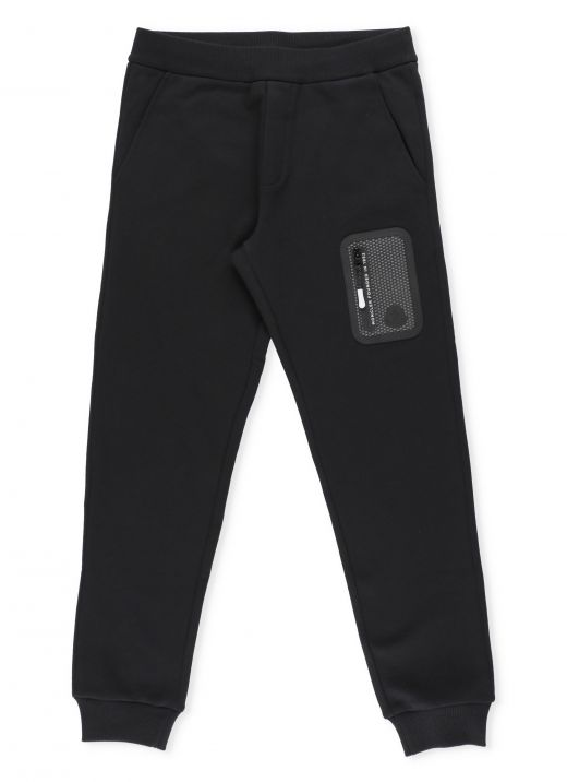 Pants with pockets