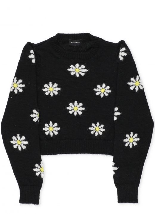 Sweater with daisies