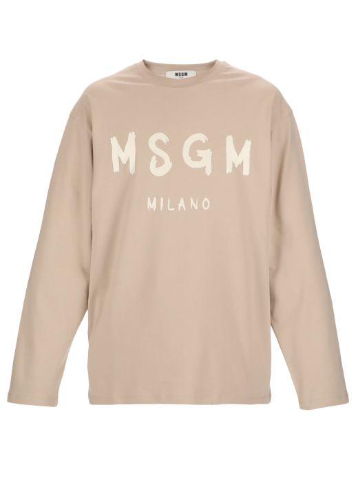 Brush stroked logo sweater