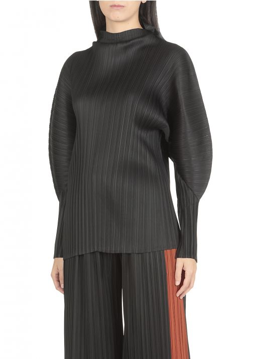 Pleated fabric top