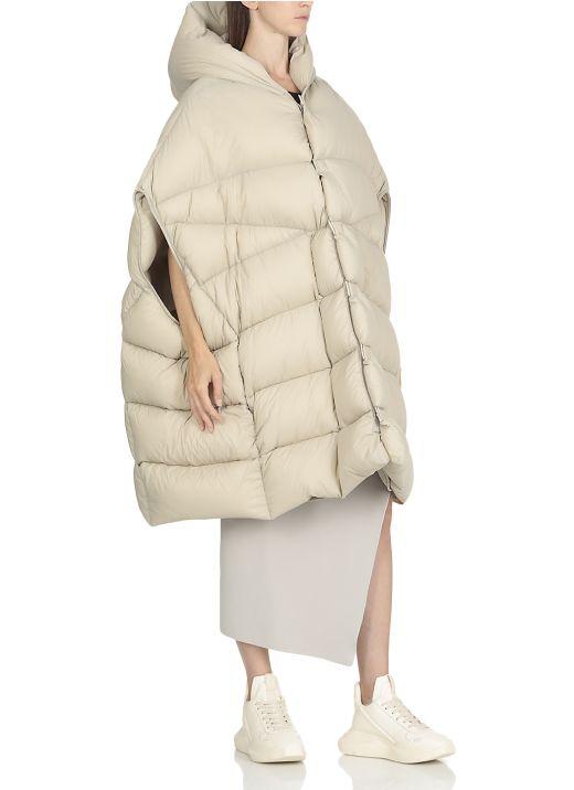 Puffer with hood