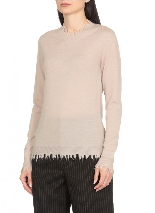 Sweater with fringes
