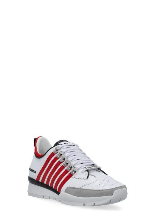 Sneaker con bande laterali a contrasto
