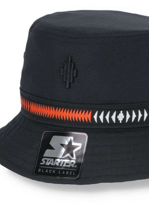 Bucket hat with embroidery
